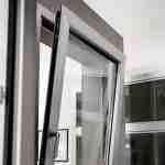 La finestra in alluminio Perini Finestre